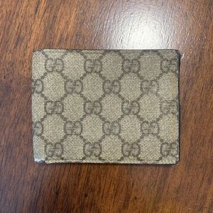 Authentic GUCCI Coated Canvas Bifold